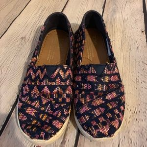Girls Toms | Size 1 | GUC | Pink & Blue